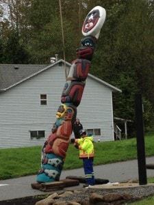 Photos of Totem Pole raising, September 29, 2013, Tsleil-Waututh